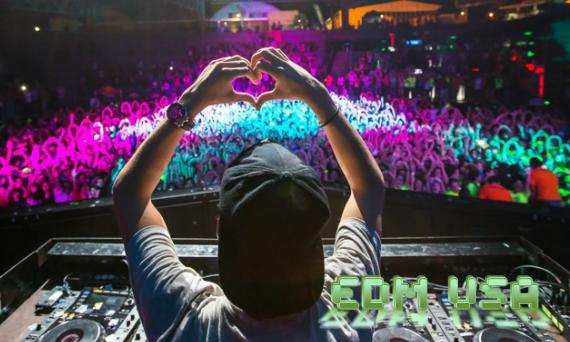 EDM heart sign hands